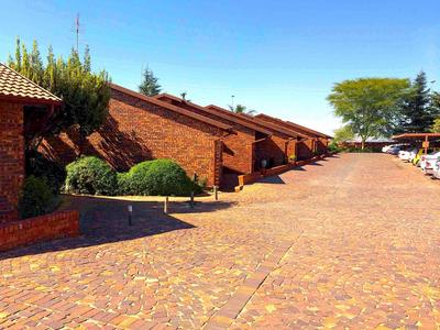 Property For Rent in Woodmead, Sandton